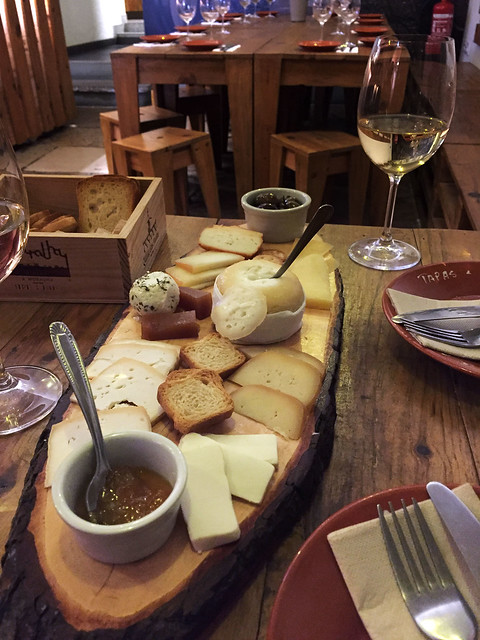 Portuguese cheese board