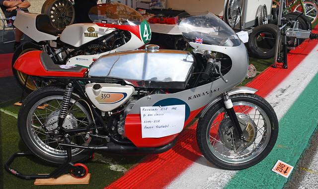 Kawasaki 350 A7R (1968)