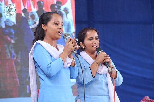 Devotional song by Pramila and Saathi from Jhapa