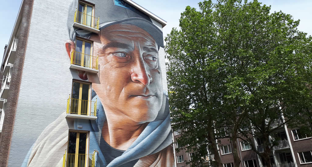Smug One | Your Dutch Guide