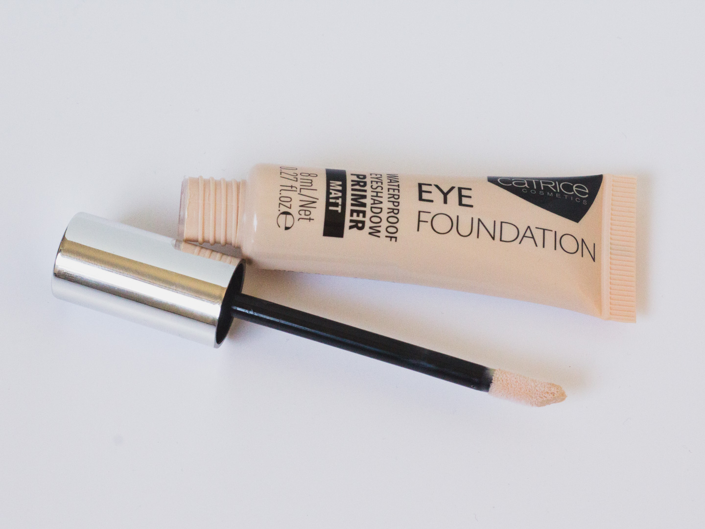 Catrice Eye Foundation applicator