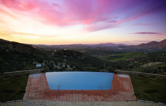 Our infinity pool with fantastic views on the Lijar Mountains