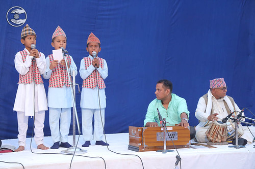 Devotional song by Bal Sangat