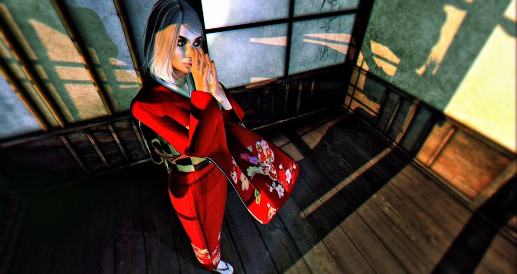 Red Kimono – 赤い着物