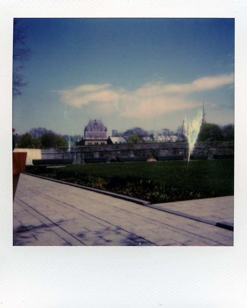 Camera Review Blog No. 107 - Polaroid OneStep SE