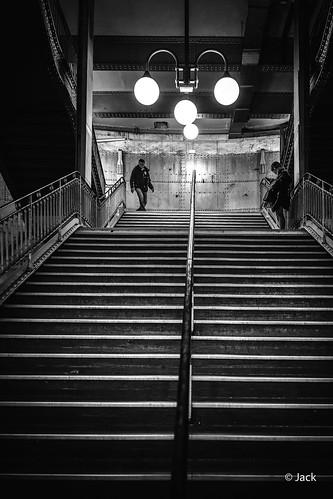Les marches de la Cité