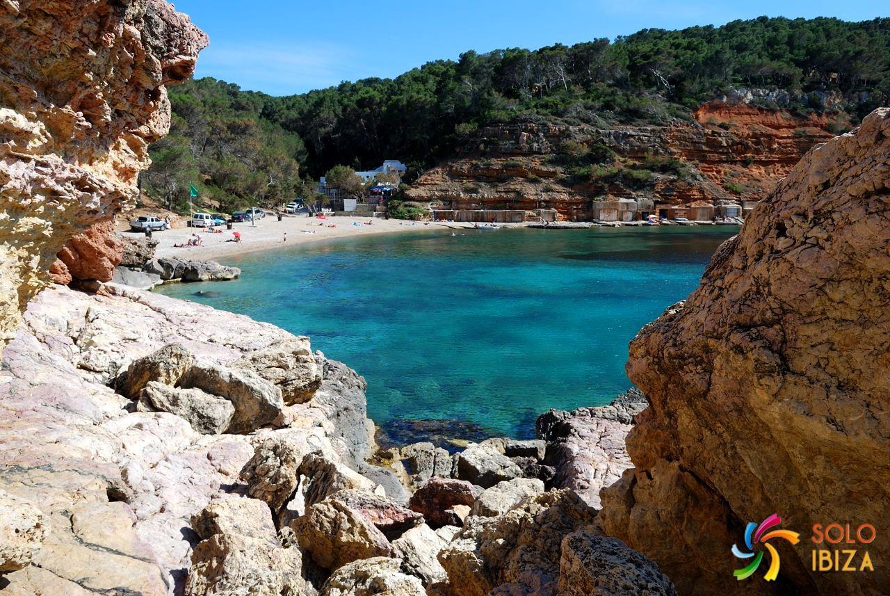 Cala Salada o Playa de Cala Salada - Solo Ibiza