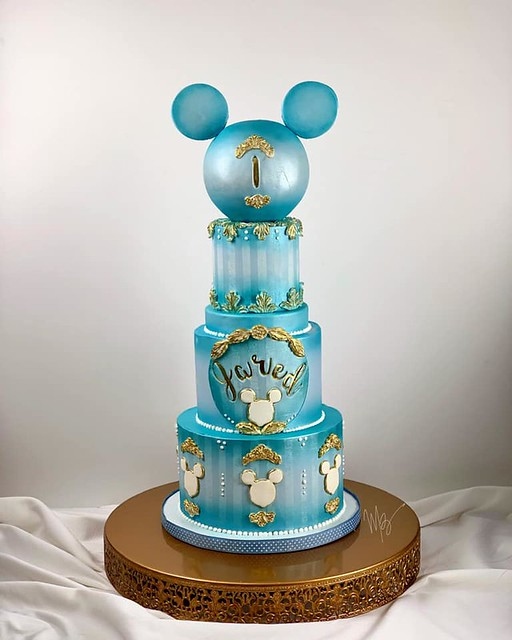 Mickey Mouse Themed Cake by Mauro Borges Creations - Cake, Cupcake & Brigadeiro