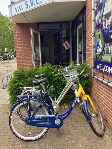 OV-fiets voor de sportkantine van v.v. S.V.C.