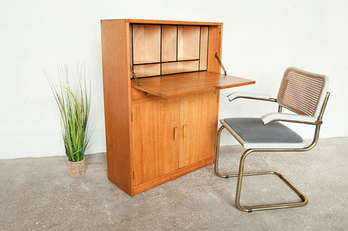 Untility oak bureau by Criterion