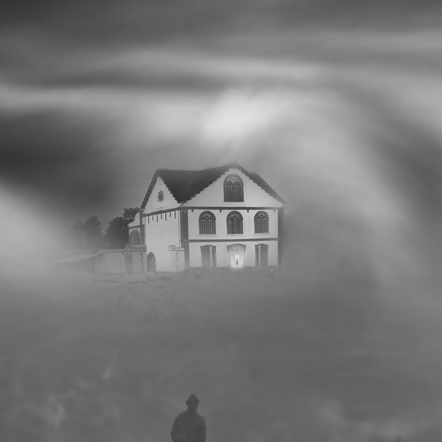 El Hundimiento de la Casa Usher. /The Fall of the House of Usher.