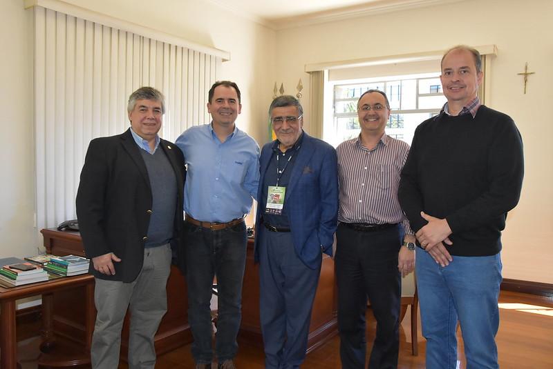 Visita dos dirigentes da Rede EmpreendeSUR