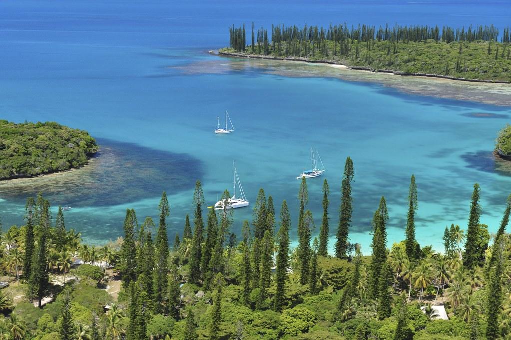 Baies de Kuto et Kanum+¬ra Ile des pins