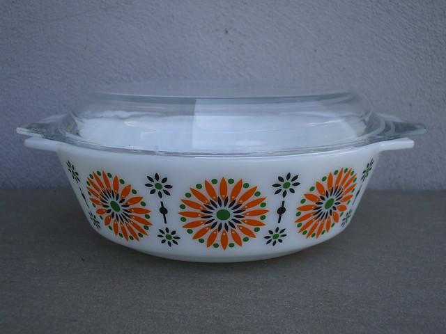 Rare JAJ Pyrex Iris Pattern Casserole Dish & Lid 1969