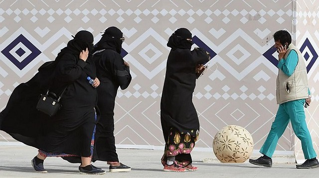 4308 Abaya is not necessary for women – Crown Prince Mohammad bin Salman 02