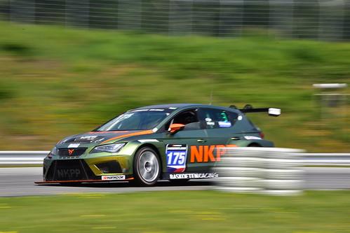 Harry Hilders - Gijs Bessem, Cupra TCR, 12H Brno 2019