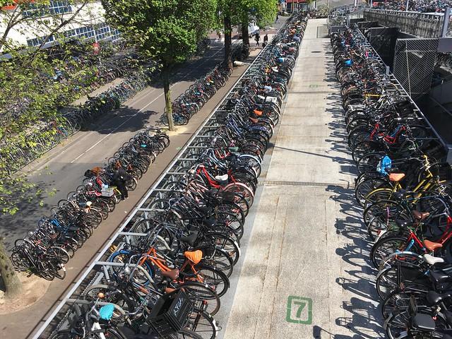 IMG_0348 -Fietsflat Bike Garage in Amsterdam