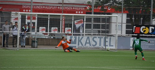 TV Dalbecksbaum Velbert 8:6(pen) TSV Wuppertal-Ronsdorf