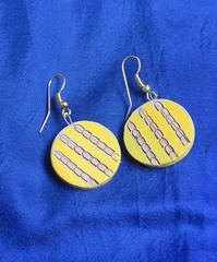 Terracotta Yellow round small earrings