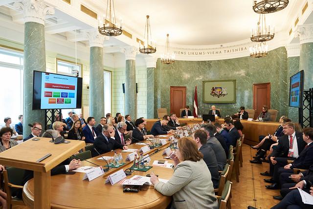 31.05.2019. Ministru prezidents kopā ar Ārvalstu investoru padomes Latvijā goda priekšsēdētāju vada valdības un FICIL augsta līmeņa tikšanos