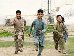 Pakistan's HIV outbreak, children most affected