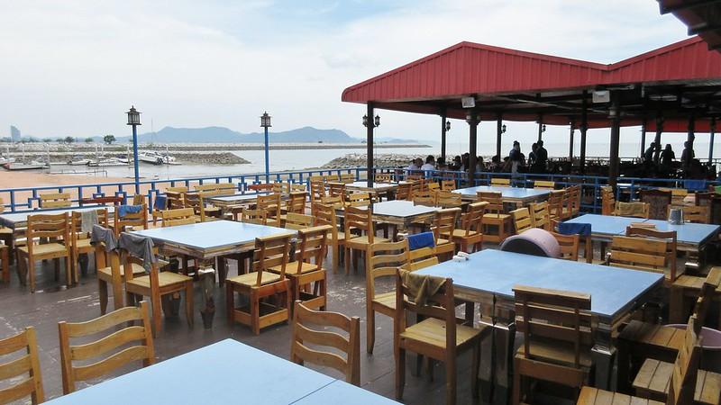 Drifters Beach Cafe Pattaya