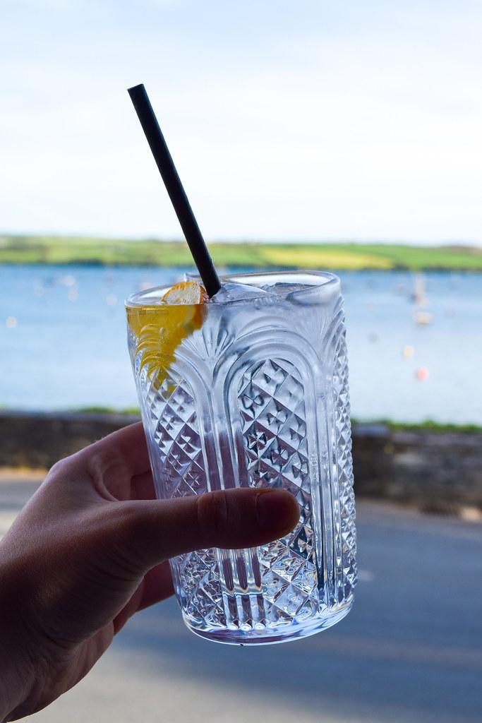 Gin & Tonics at The Mariners, Rock