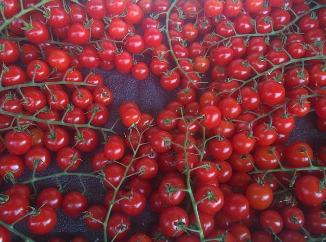 Tomatoes of Pusateri's (1) #toronto #churchstreet #churchandwellesley #tomatoes #tomato #pusateris #latergram