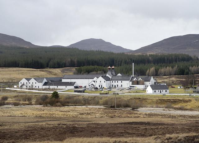Dalwhinnie Distillery, Glen Truim, Cairngorms National Park, Highland, Scotland, UK