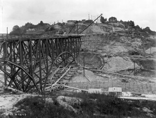 Dearborn Street Bridge under construction, 1917