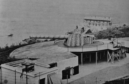 Edward VII Battery 9'2-inch on Windmill Hill on Gibraltar in 1904.