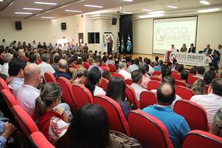 O sétimo encontro do calendário de atividades do 23º Ciclo de Debates com Dirigentes Municipais e Lideranças Políticas aconteceu, na quinta-feira (30/5), em Ituverava, nas dependências da Fundação Educacional (FFCL).