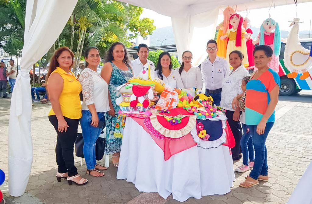 2019-05-31 Primera Feria de Emprendimiento del Proyecto Infocentros Manabí y Recorrido por el Infocentro Alhajuela en Portoviejo