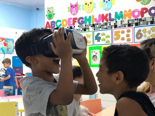 Brincando de Realidade Virtual - Educação Infantil