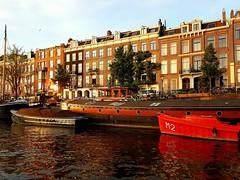 Amsterdam color� au coucher de soleil