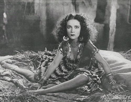 Frau Herzberg (Elster)