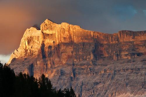 valbadia sassdlacrusc dolomiten dolomiti dolomites alps alpi sudtirol altoadige italia italy tramonto sunset canon efs55250f456 montagna mountains