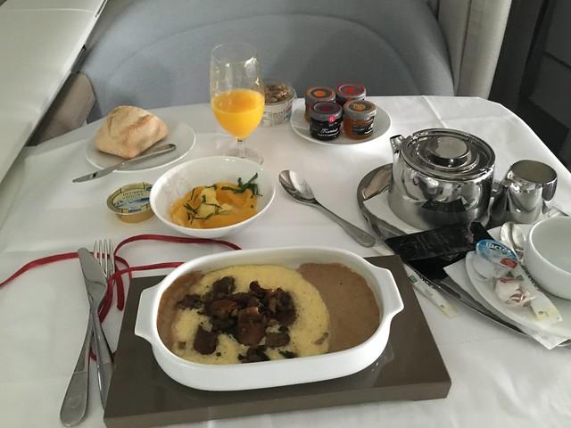 Petit Déjeuner - Nuit - Air France La Première