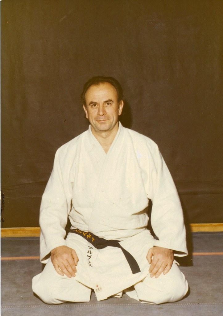 Maître Roger ARBUS 8è dan