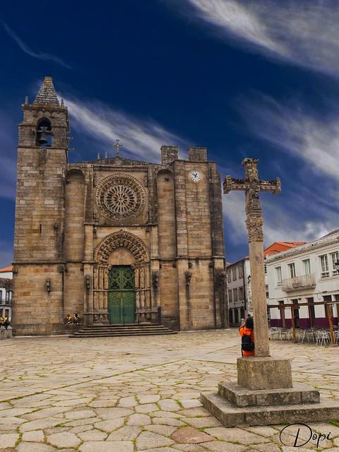 19-05/365_Noia (Galicia)_Iglesia de San Martín