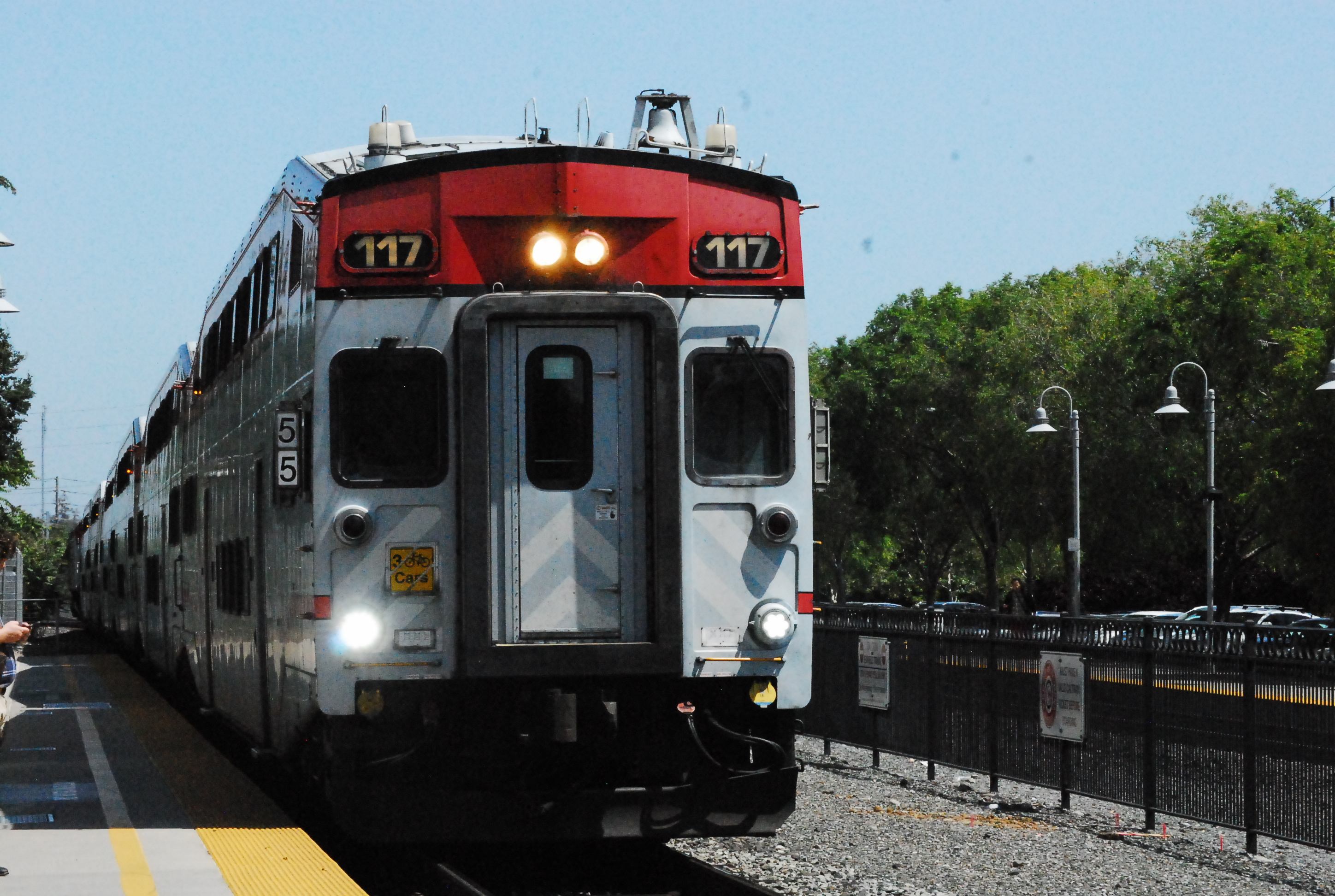 A Bombardier Bilevel cab car leading a northbound train at Palo Alto Station