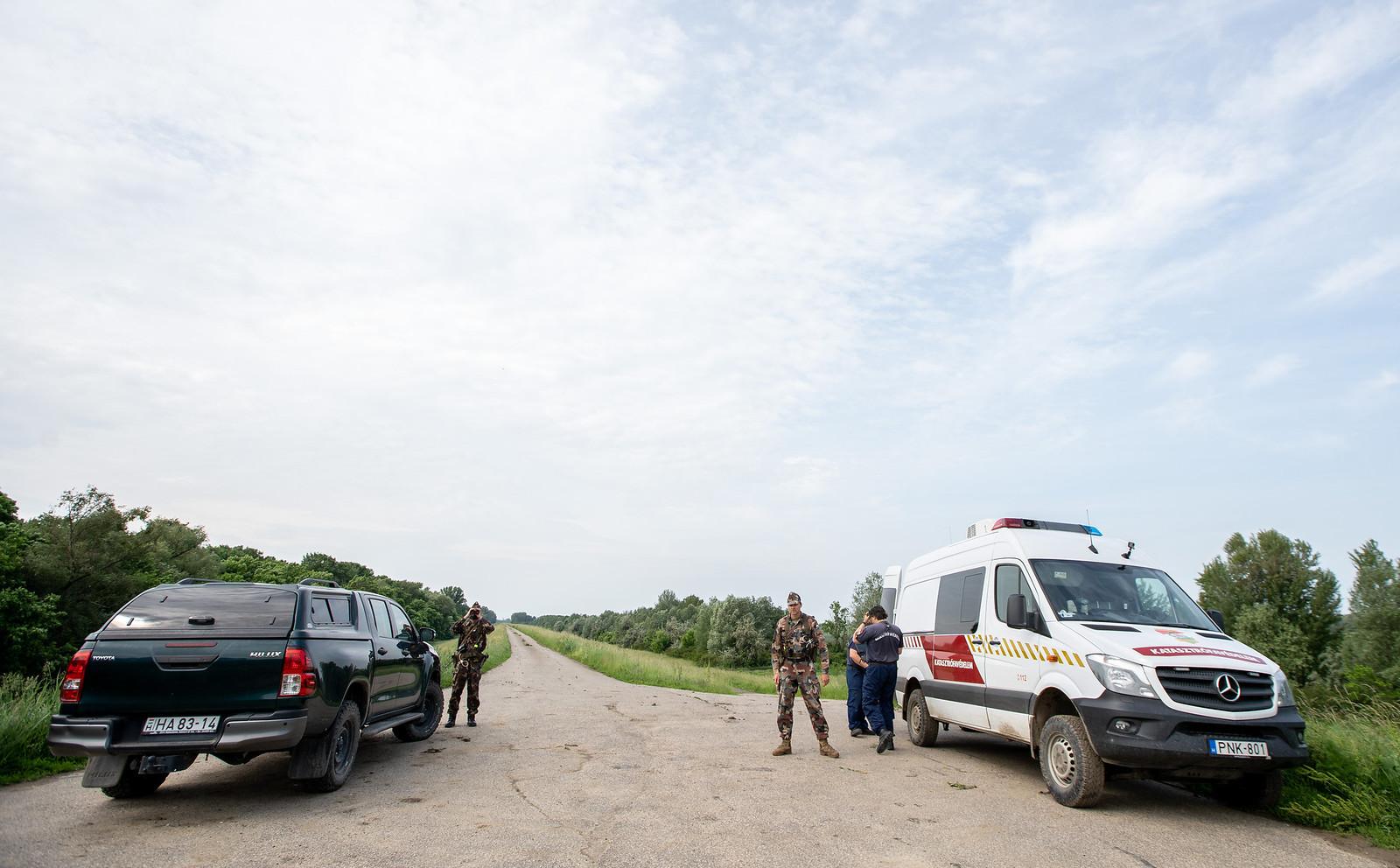 Kivezényelték a Honvédséget a déli határra, hogy a rendőrök máshol dolgozhassanak