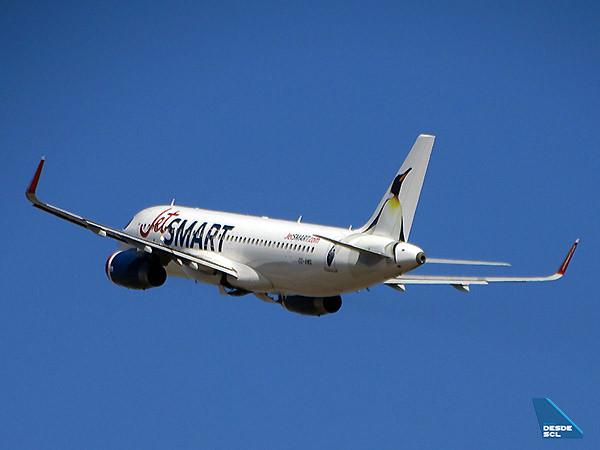 JetSMART A320 CC-AWG climb (RD)