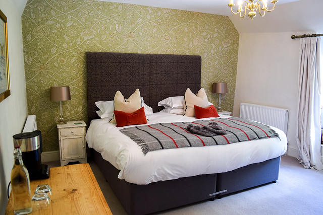 En-suite Bedroom at Trewornan Manor, Wadebridge