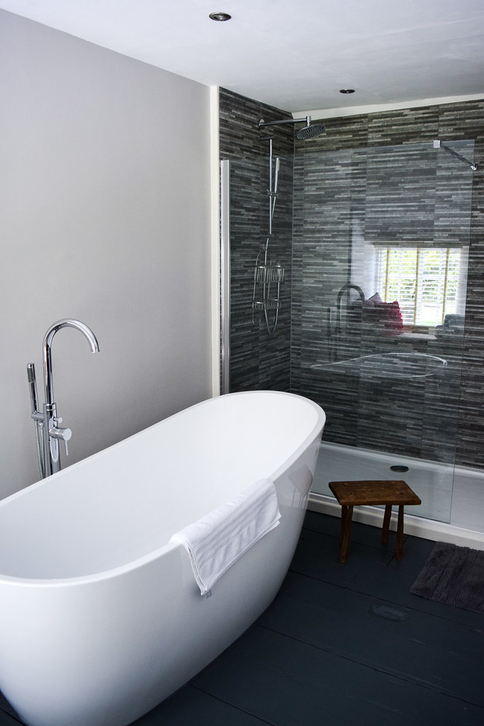 Bathtub at Trewornan Manor, Wadebridge