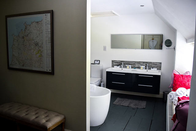 Bathroom and Dressing Room at Trewornan Manor, Wadebridge