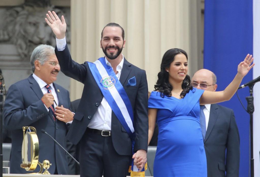 En El Salvador, presidente Danilo Medina asiste a toma de … | Flickr
