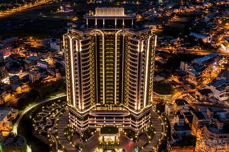 村却國際溫泉酒店,360度賞蘭陽夜景,坐擁大面景觀奈米牛奶浴
