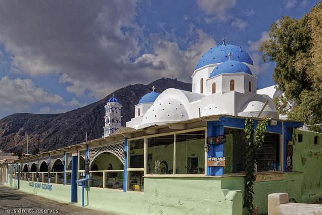 Eglise et restaurant