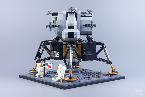 LEGO Creator Expert 10266 NASA Apollo 11 Lunar Lander Review-29 | by DoubleBrick.ru